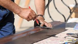 Gutter installation & gutter repair